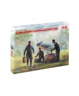 ICM German Luftwaffe Ground Personnel (1939-1945) (3 figures) 1/32