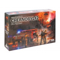 ICM modelis Chernobyl#2. Fire Fighters (AC-40-137A firetruck & 4 figures & diorama base with background) 1/35
