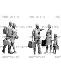 ICM Chernobyl 5. Extraction (2 adults, 2 children and luggage) 1/35